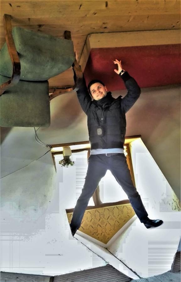 upside-down-house-szymbark-poland-4