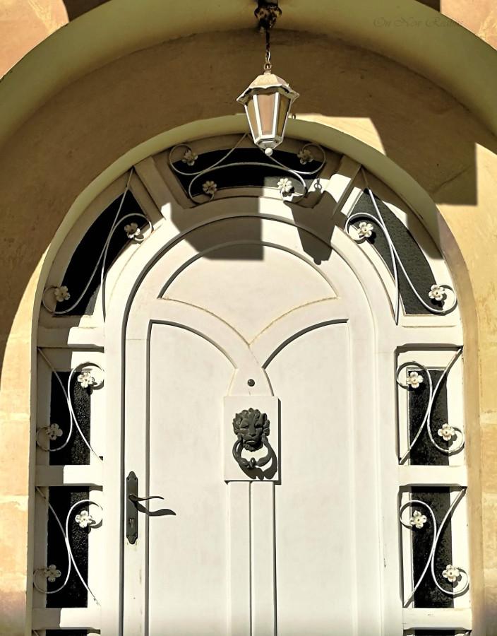 door-nockers-malta