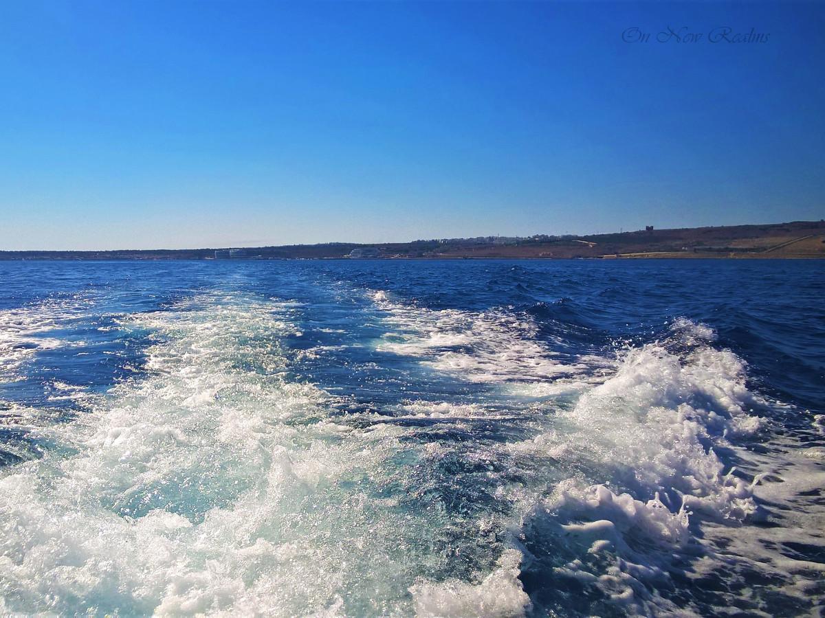 Comino-Ferry3