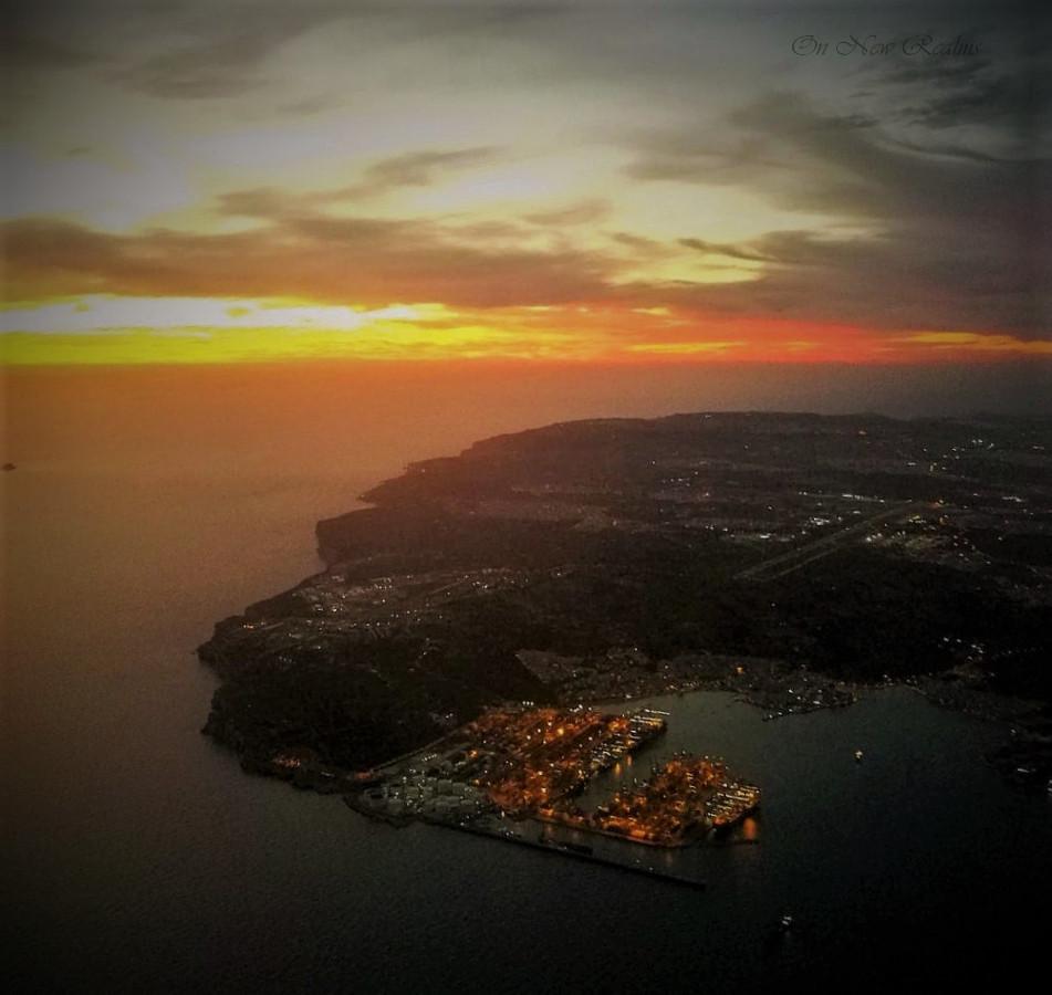 Malta-by-plane