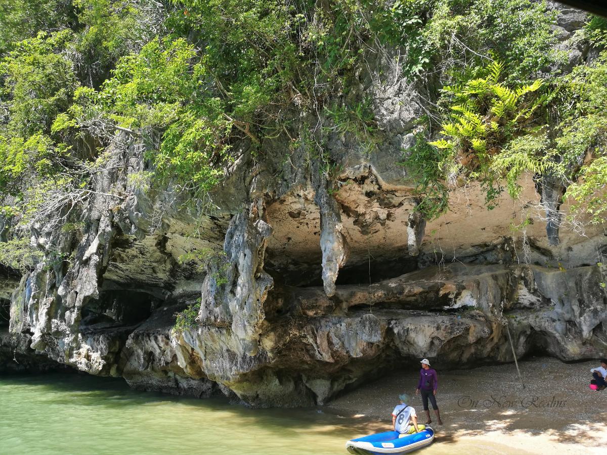 Phang-Nga-Bay-Thailand-3