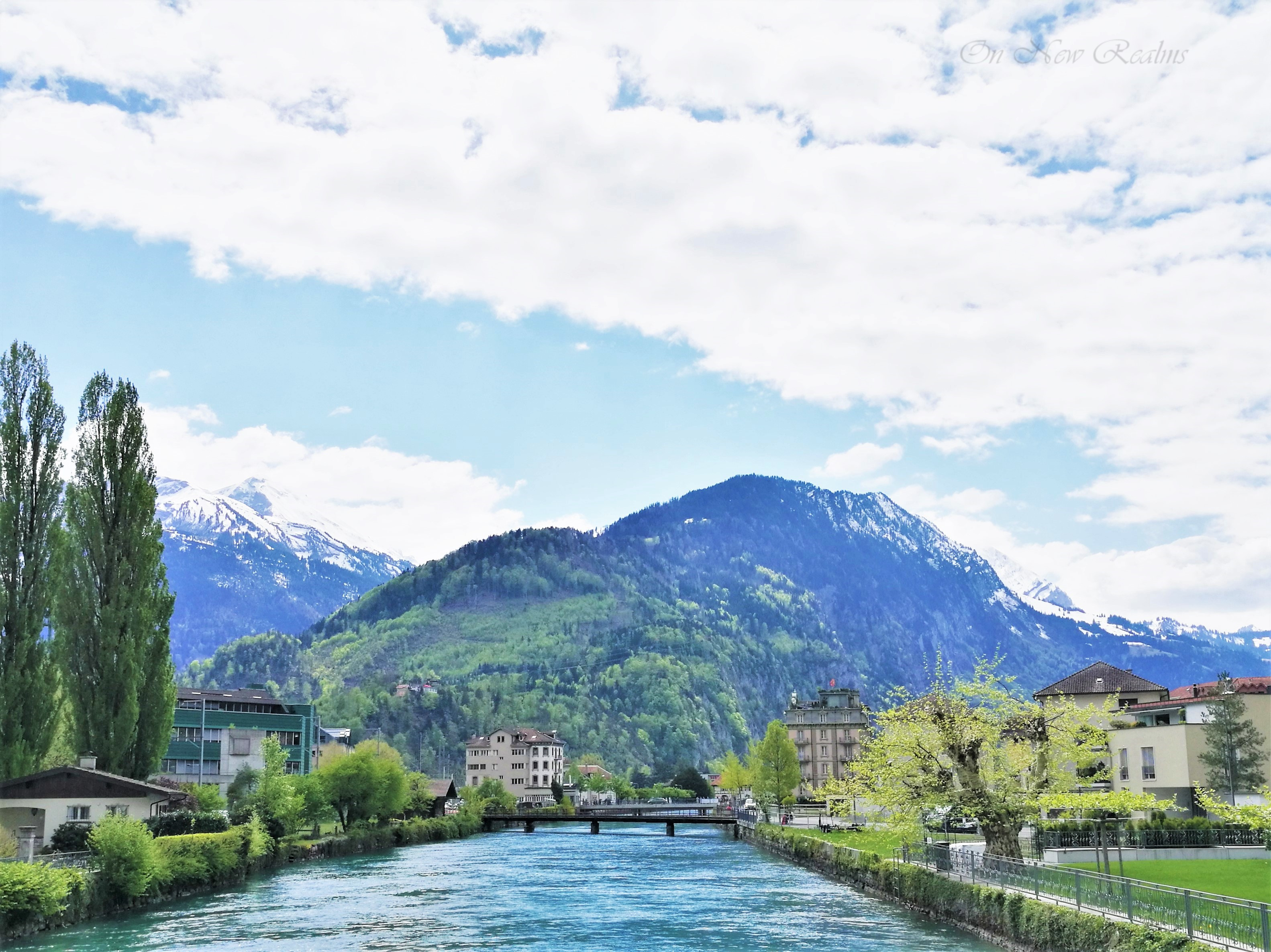 Aare-River-Interlaken-Switzerland-5