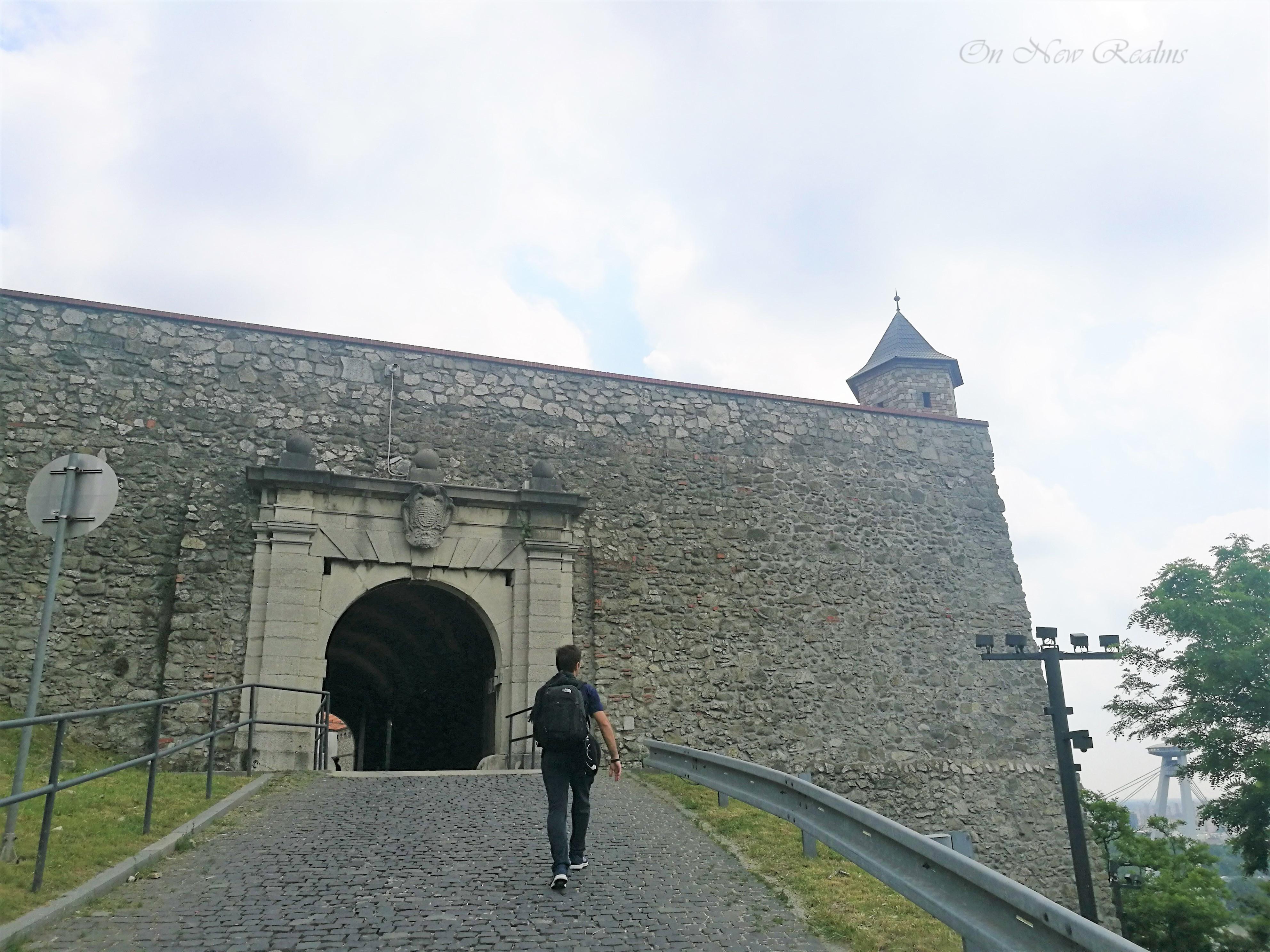 Bratislava-castle-2