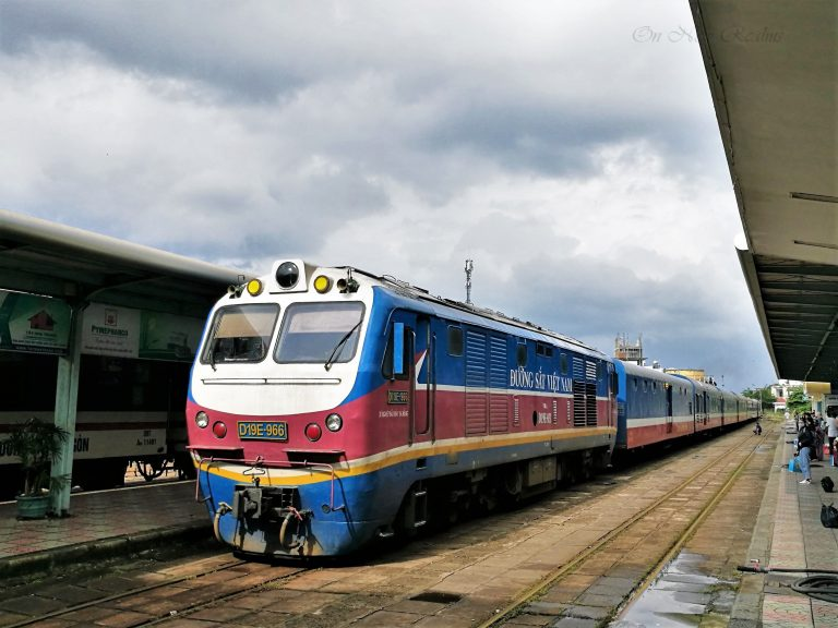 Overnight-train-Vietnam-2