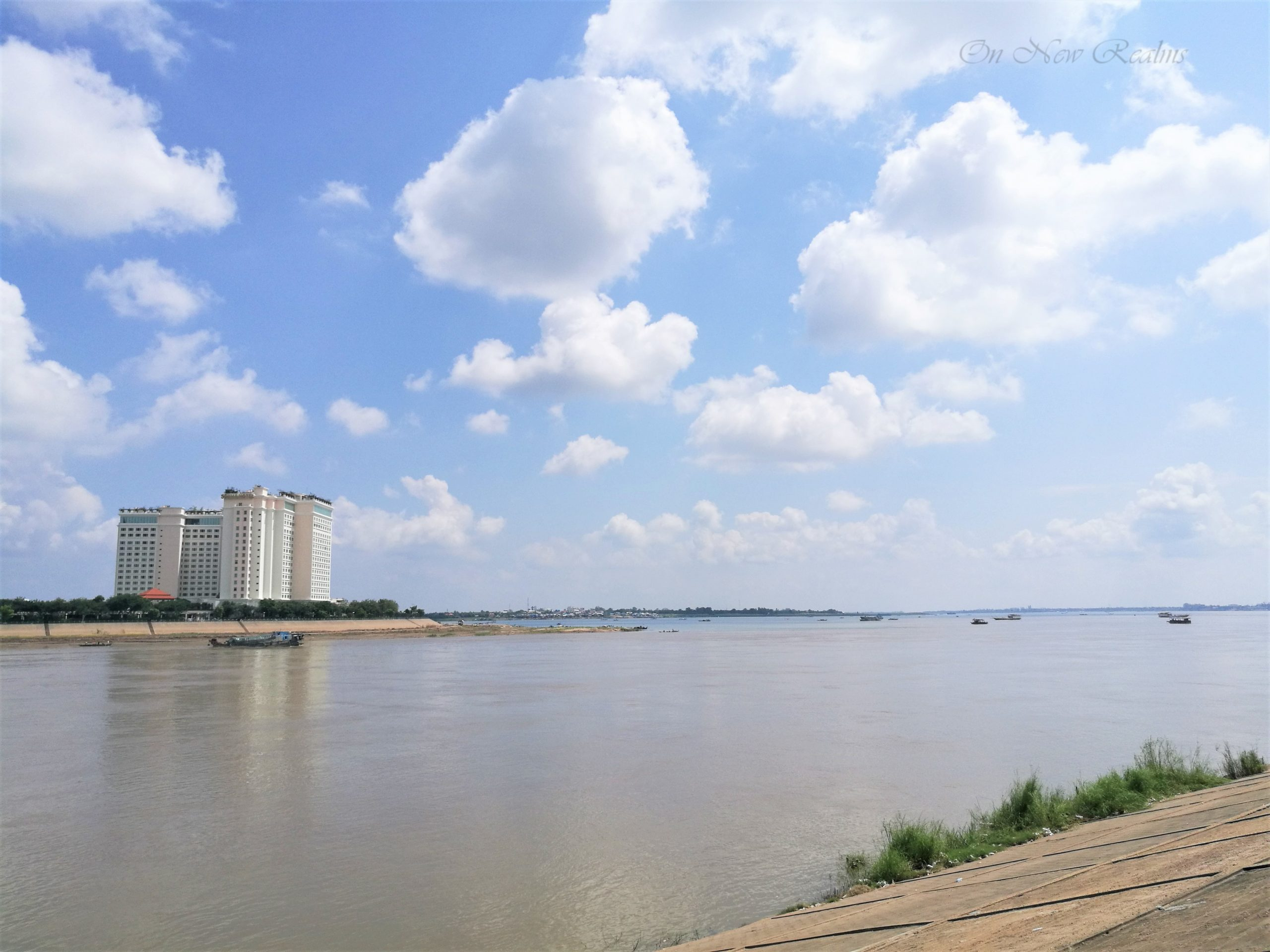 Phnom-Penh-riverside-2-scaled
