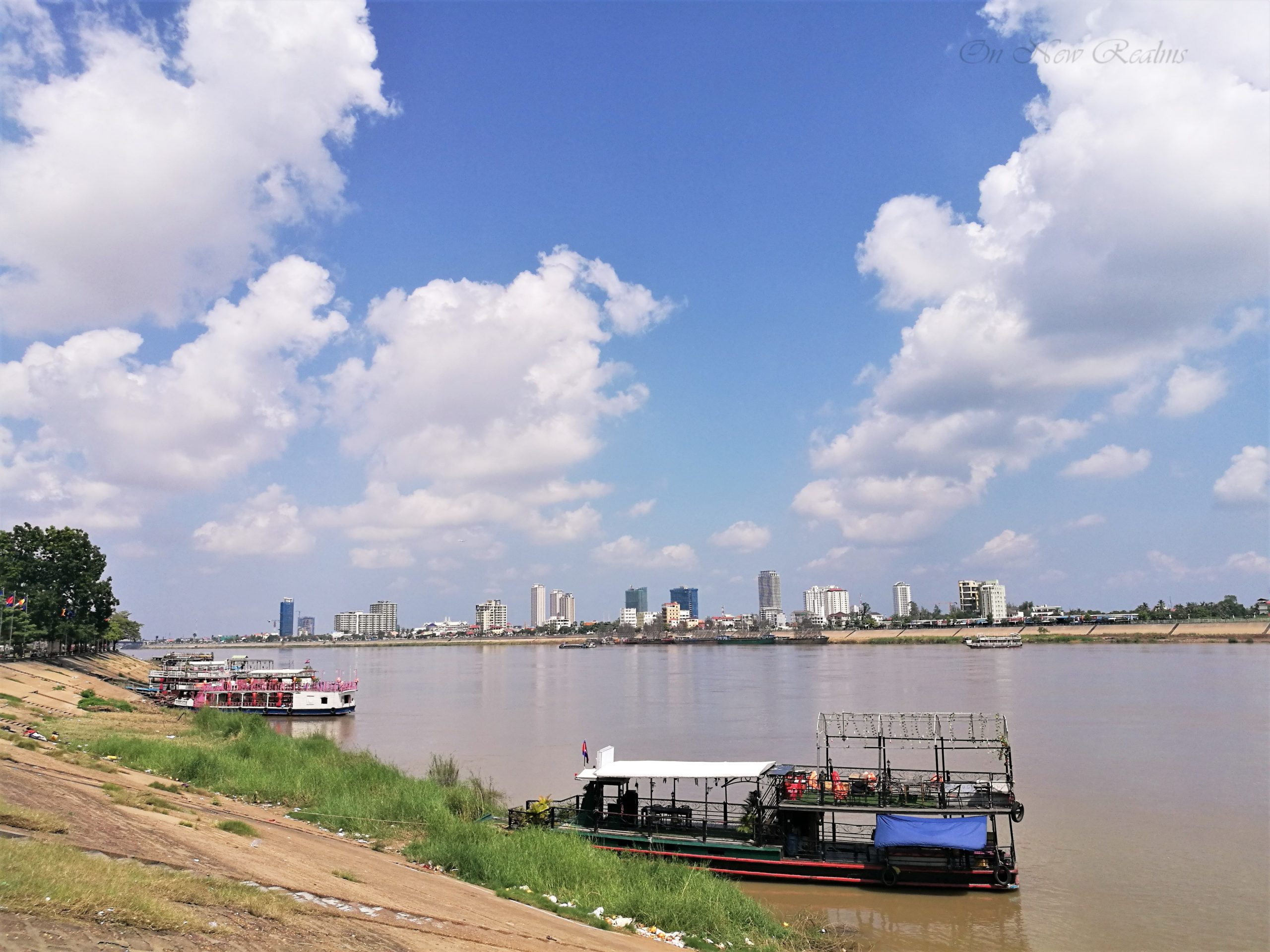 Phnom-Penh-riverside-scaled