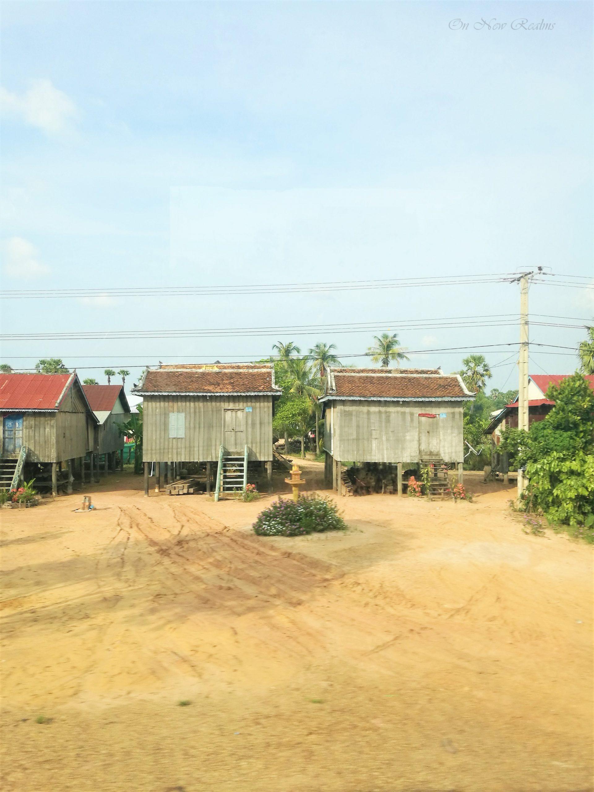 PhnomPenh-SiemReap-bus-2-scaled