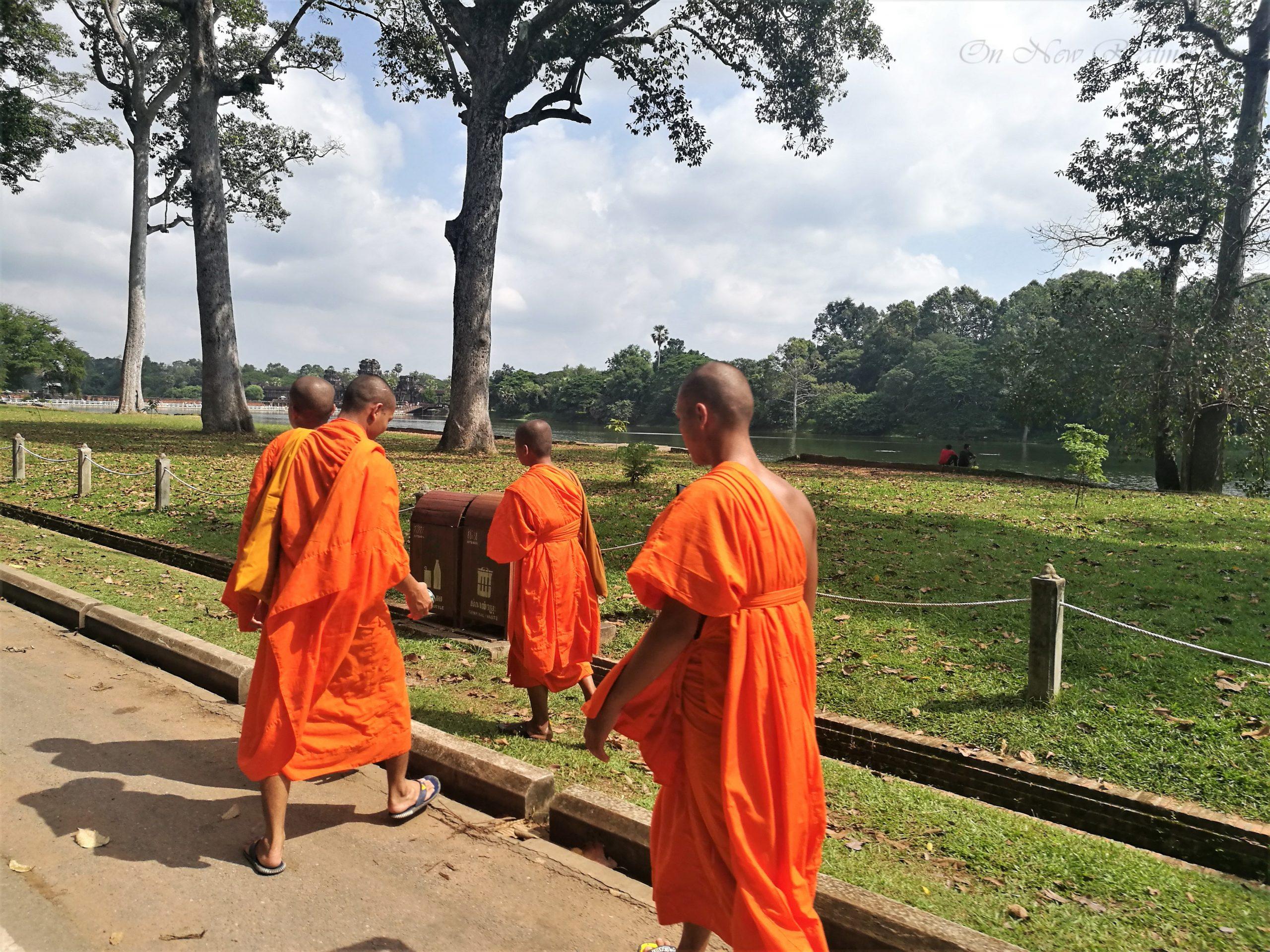 Way-to-Angkor-Wat-2-Cambodia-scaled